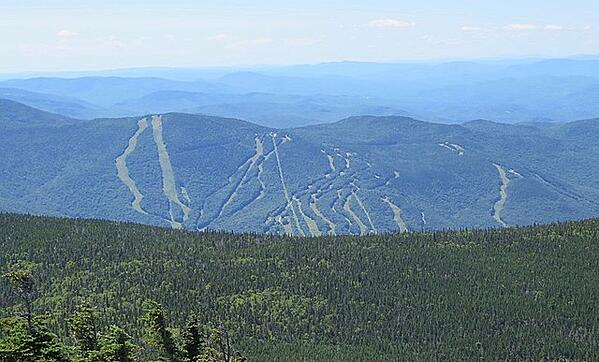 Loon_Mountain_NH_from_Flume