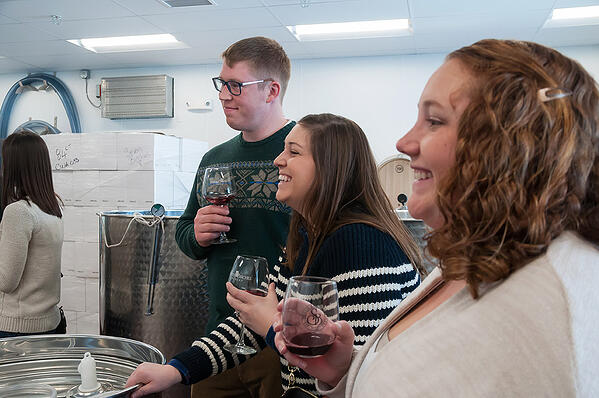 wine clubs in lincoln nh